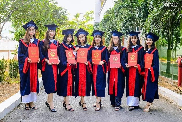 Tốt nghiệp ngành Trung cấp Sư phạm TPHCM